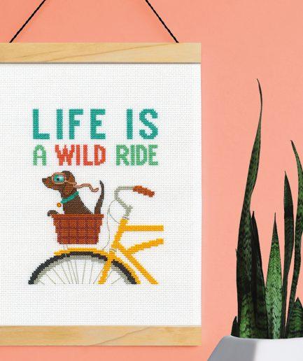 Dimensions borduurpakket life is a wild ride