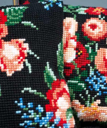 borduurpakket kussen met rozen