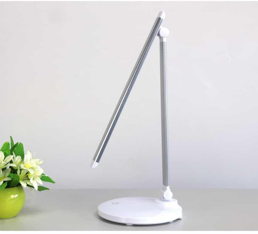 Budget lamp voor borduren
