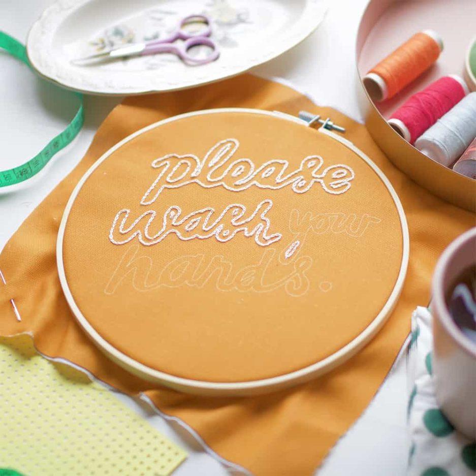 Please wash your hands borduurpakket Cotton Clara